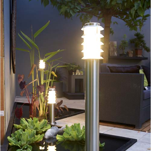 Clairage ext rieur luminaire jardin led leroy merlin for Lumiere terrasse led