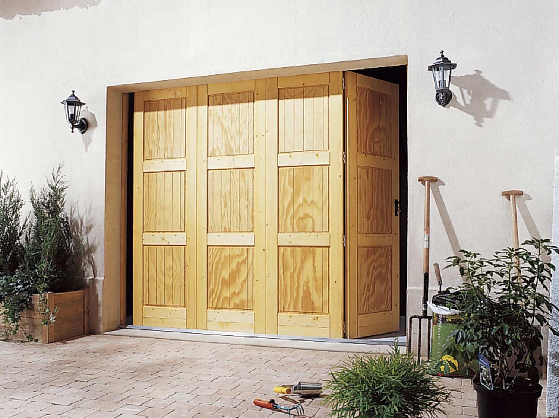 Poser une porte de garage pliante