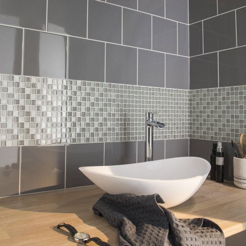 Carrelage mur gris galet n°3 brillant l.19.7 x L.19.7 cm, Astuce