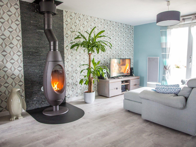 le po le bois dans le salon de david roucourt leroy. Black Bedroom Furniture Sets. Home Design Ideas