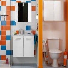 Mini salle de bains, maxi rangements