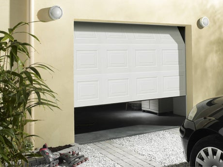 Poser une porte de garage leroy merlin for Porte de garage aludoor