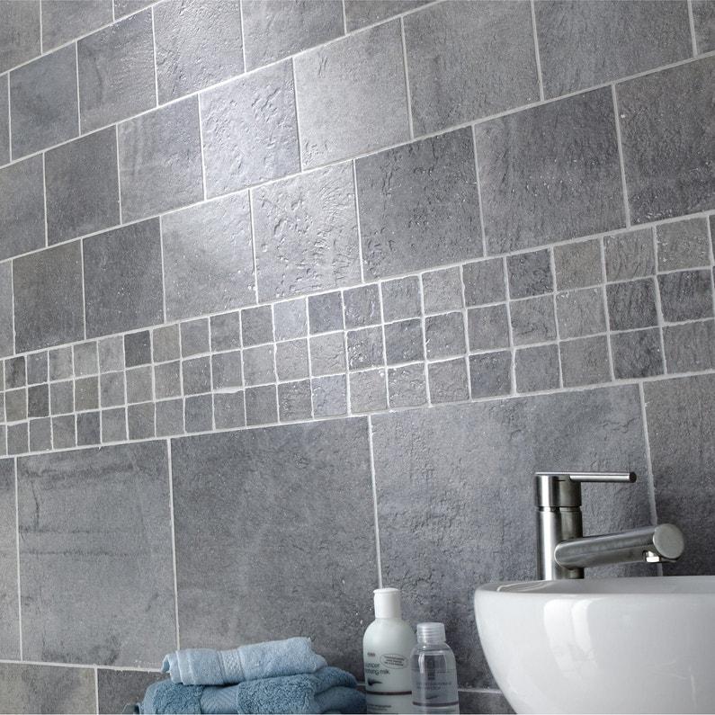 Carrelage mur et sol gris vestige x cm leroy - Carrelage adhesif douche ...