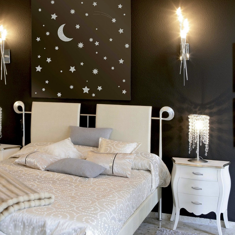 une t te de lit au pochoir leroy merlin. Black Bedroom Furniture Sets. Home Design Ideas