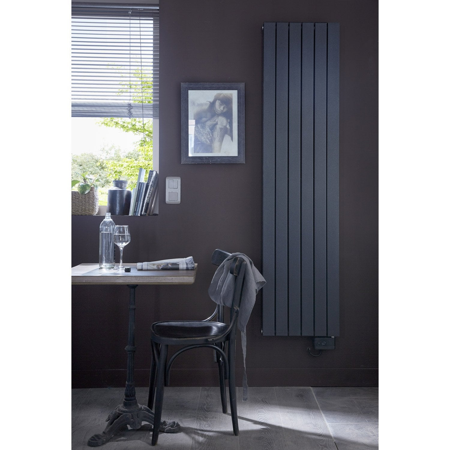 radiateur lectrique inertie fluide deltacalor ramada. Black Bedroom Furniture Sets. Home Design Ideas