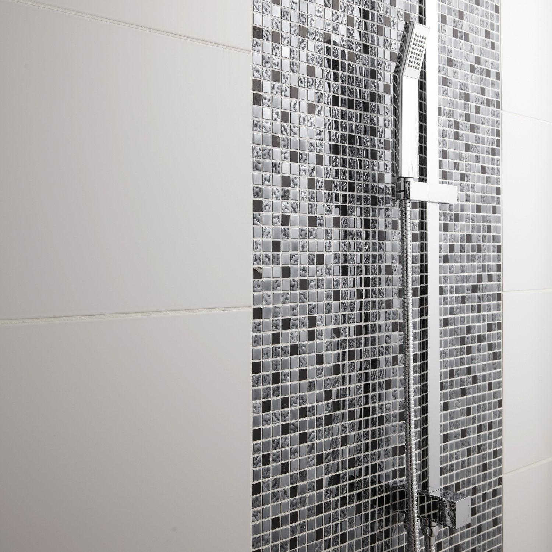 Salle De Bain Avec Frise Mosaique ~ mosa que brillante le coup d clat dans la salle de bains leroy
