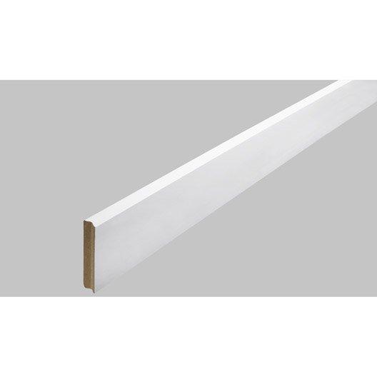 plinthe m dium mdf carr e rev tu m lamin blanc brillant 10 x 70 mm l 2 2 m leroy merlin. Black Bedroom Furniture Sets. Home Design Ideas