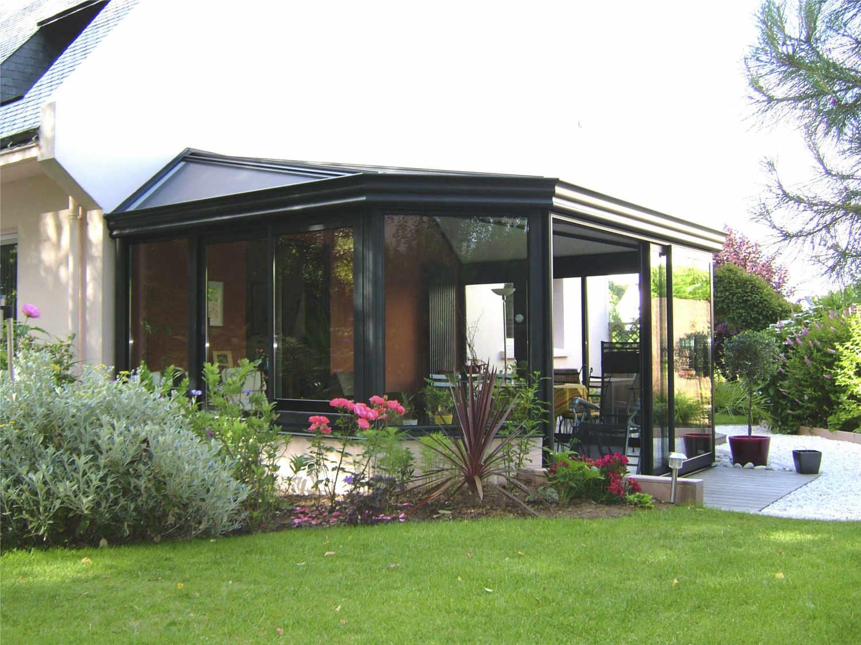 Peinture veranda aluminium great peut on peindre de l for Peindre des fenetres en pvc