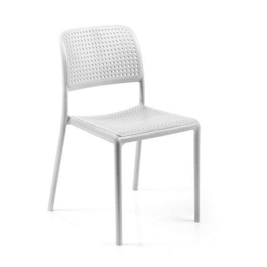 Chaises de jardin plastique pas cher valdiz for Chaise longue en resine blanc