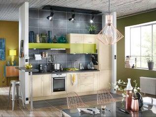 Une cuisine mixant couleurs et matières