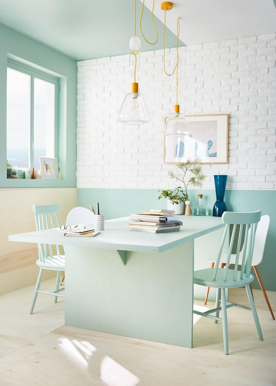 Deco Salle A Manger Scandinave une peinture vert laguna pour une salle à manger scandinave