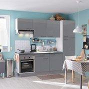 Pose d'une cuisine équipée complète par Leroy Merlin