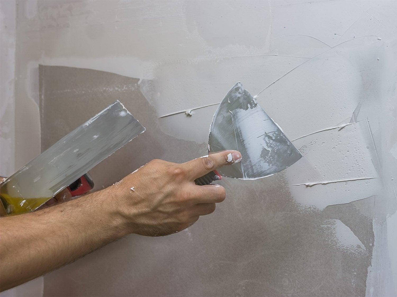 Lessiver Un Mur Avant Peinture comment préparer un mur avant de le peindre ? | leroy merlin