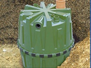 Installer un récupérateur de pluie enterré