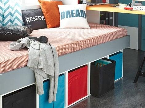 8 astuces rangement pour sa chambre d enfant leroy merlin. Black Bedroom Furniture Sets. Home Design Ideas