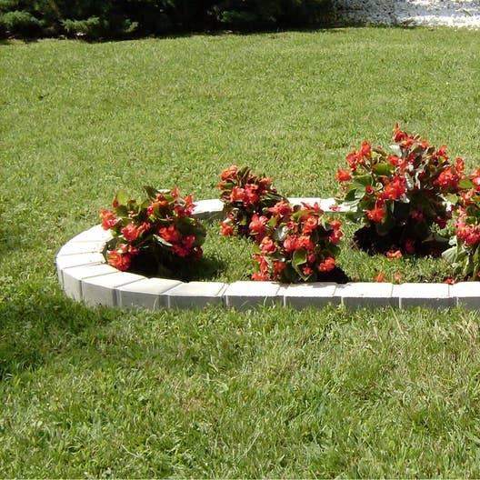 Bordure courbe seine pierre reconstitu e ton pierre - Bordure de jardin pierre reconstituee ...