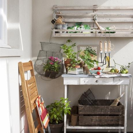 Un atelier de bricolage et de jardinage