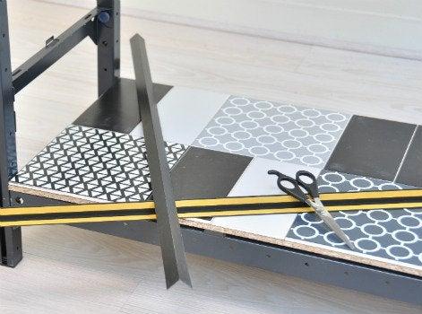 diy customiser une tag re utilitaire leroy merlin. Black Bedroom Furniture Sets. Home Design Ideas