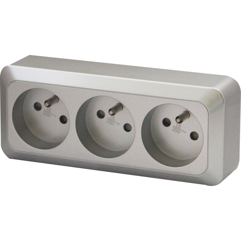 bloc 3 prises avec terre saillie celesta gris aluminium leroy merlin. Black Bedroom Furniture Sets. Home Design Ideas