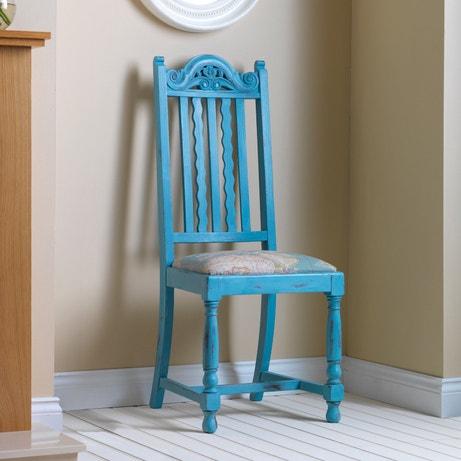 Une chaise relookée en bleu pétrole
