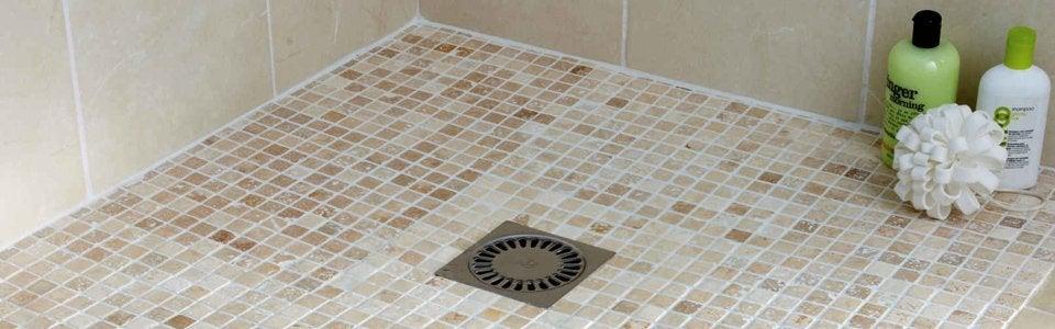 Tout savoir sur la douche l 39 italienne leroy merlin for Ecoulement douche italienne