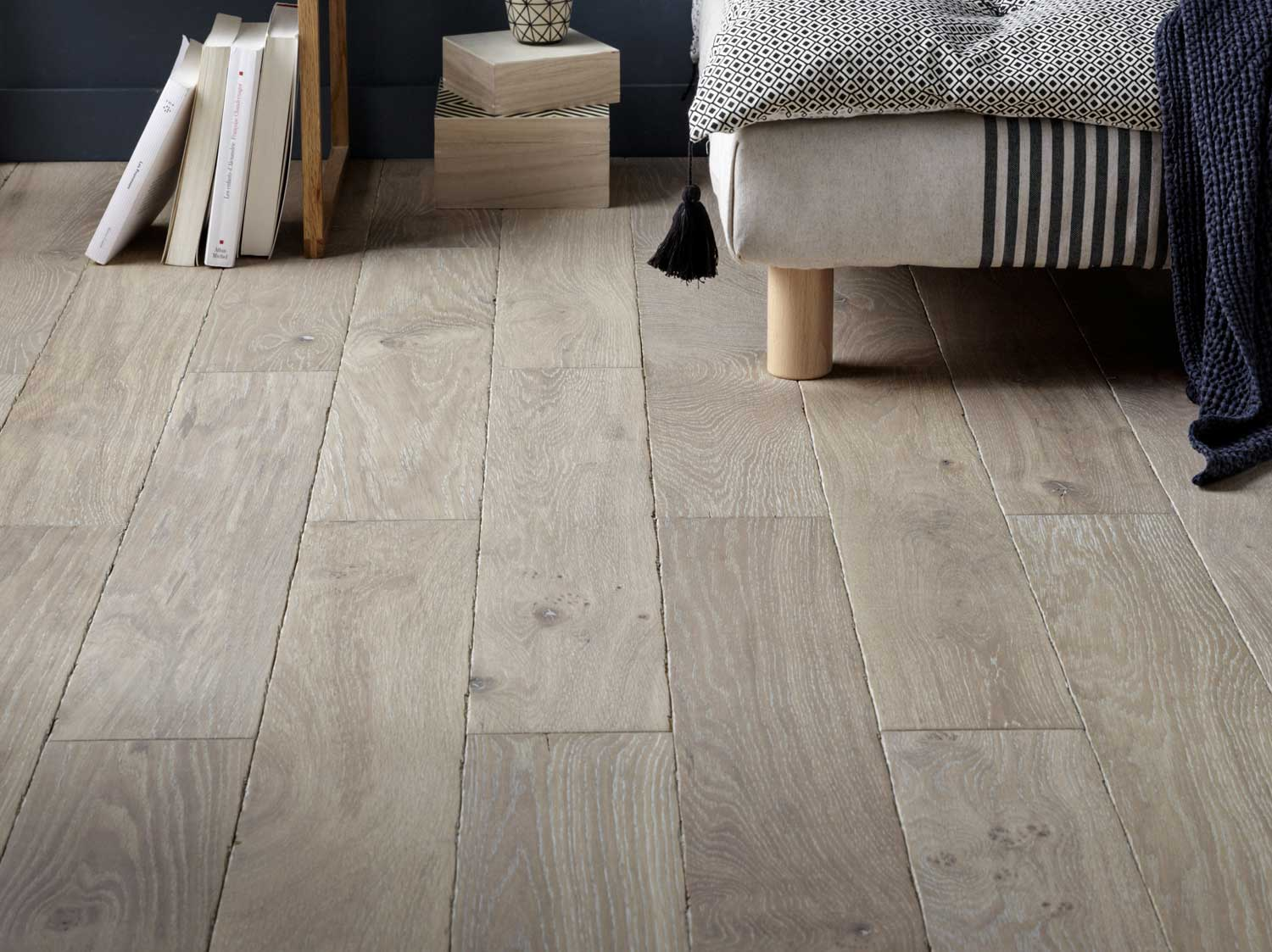 coller parquet massif sur carrelage great peuton poser du carrelage sur du parquet with coller. Black Bedroom Furniture Sets. Home Design Ideas