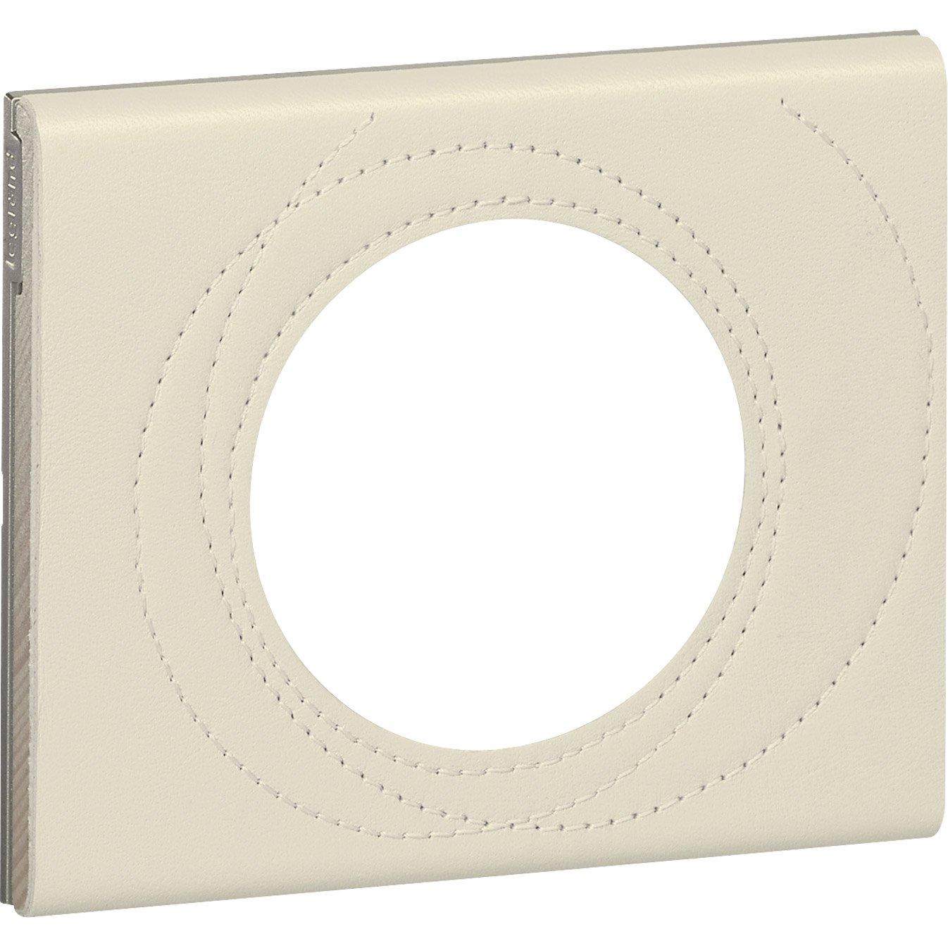 plaque c liane legrand perle couture mat leroy merlin. Black Bedroom Furniture Sets. Home Design Ideas