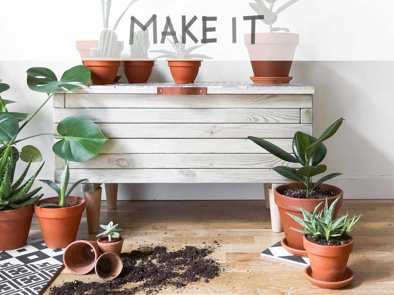 rangement bois de chauffage exterieur affordable coffre extrieur mtal duramax l h with. Black Bedroom Furniture Sets. Home Design Ideas