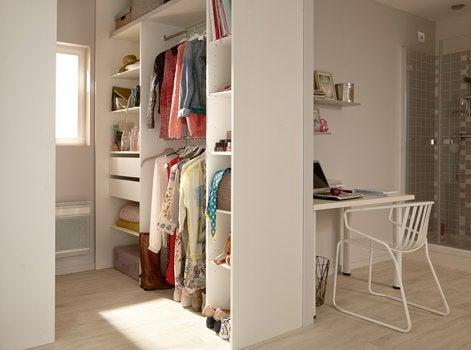 8 astuces pour cr er un nouvel espace dans une pi ce. Black Bedroom Furniture Sets. Home Design Ideas