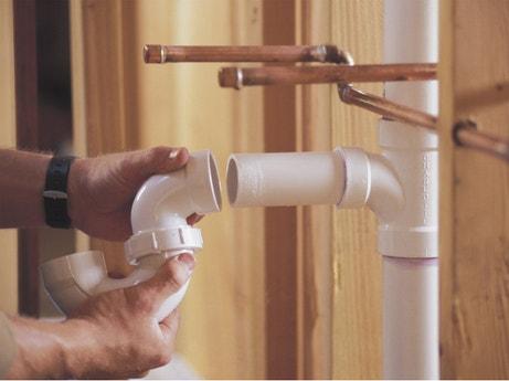 Installer une évacuation en PVC