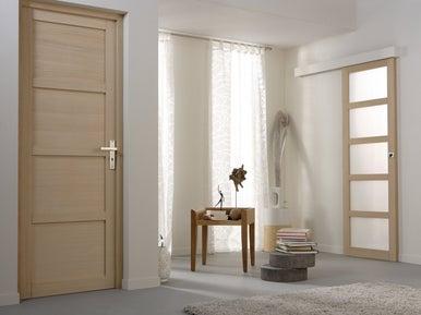 r nover des boiseries int rieures leroy merlin. Black Bedroom Furniture Sets. Home Design Ideas