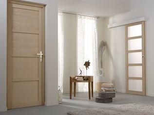 Lasurer une porte intérieure en bois