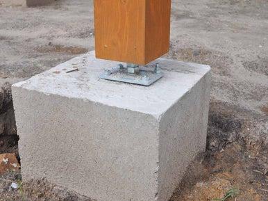 R aliser des plots ponctuels de fondation leroy merlin - Plot beton petit format pour terrasse ...