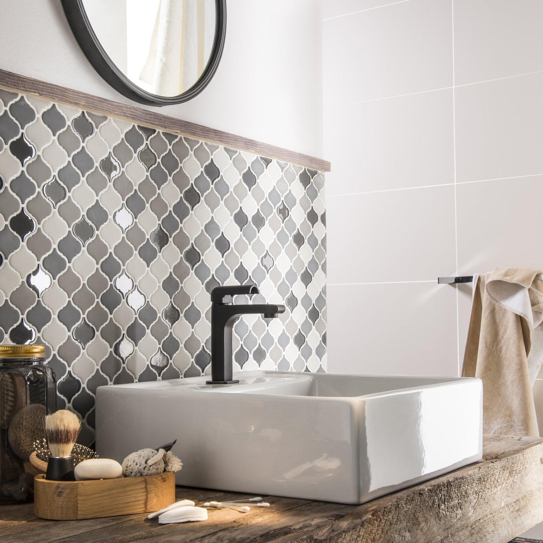 Une mosaïque style orientale pour la salle de bains | Leroy Merlin