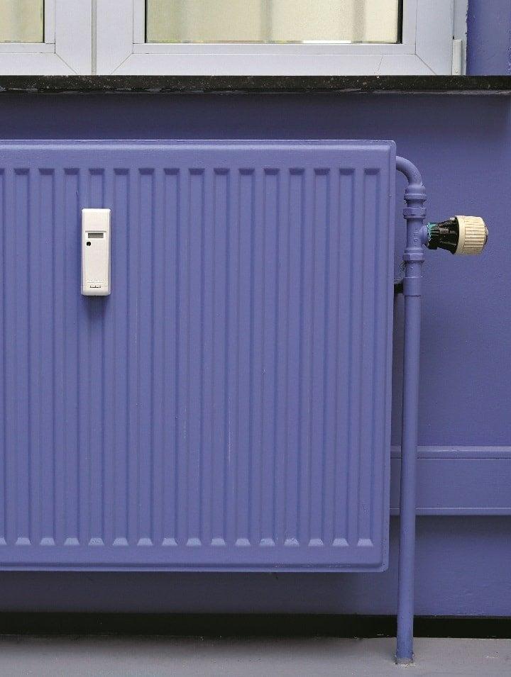 peindre un radiateur leroy merlin. Black Bedroom Furniture Sets. Home Design Ideas