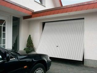 Motoriser une porte de garage basculante