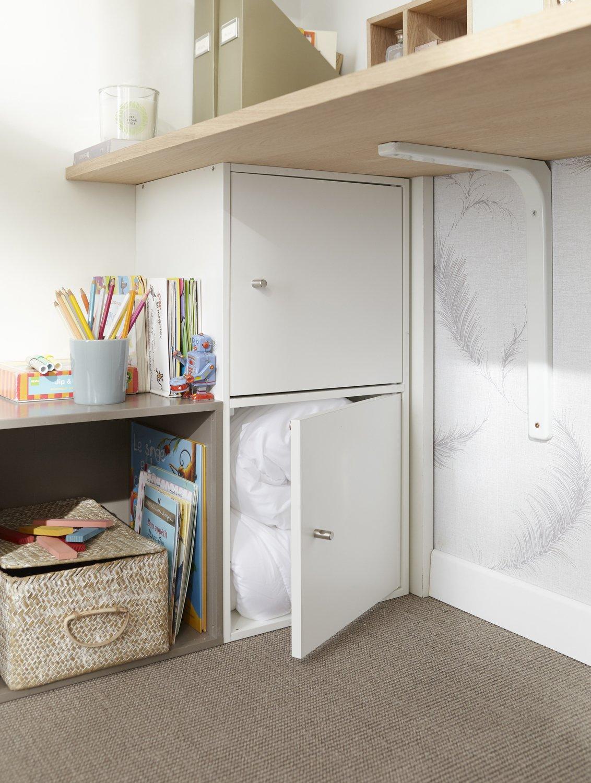 du rangement sous le bureau leroy merlin. Black Bedroom Furniture Sets. Home Design Ideas