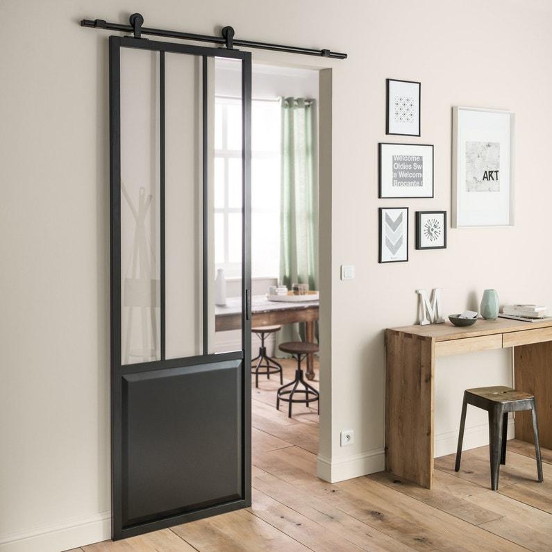 Une porte coulissante noire de style loft leroy merlin - Porte interieure coulissante leroy merlin ...