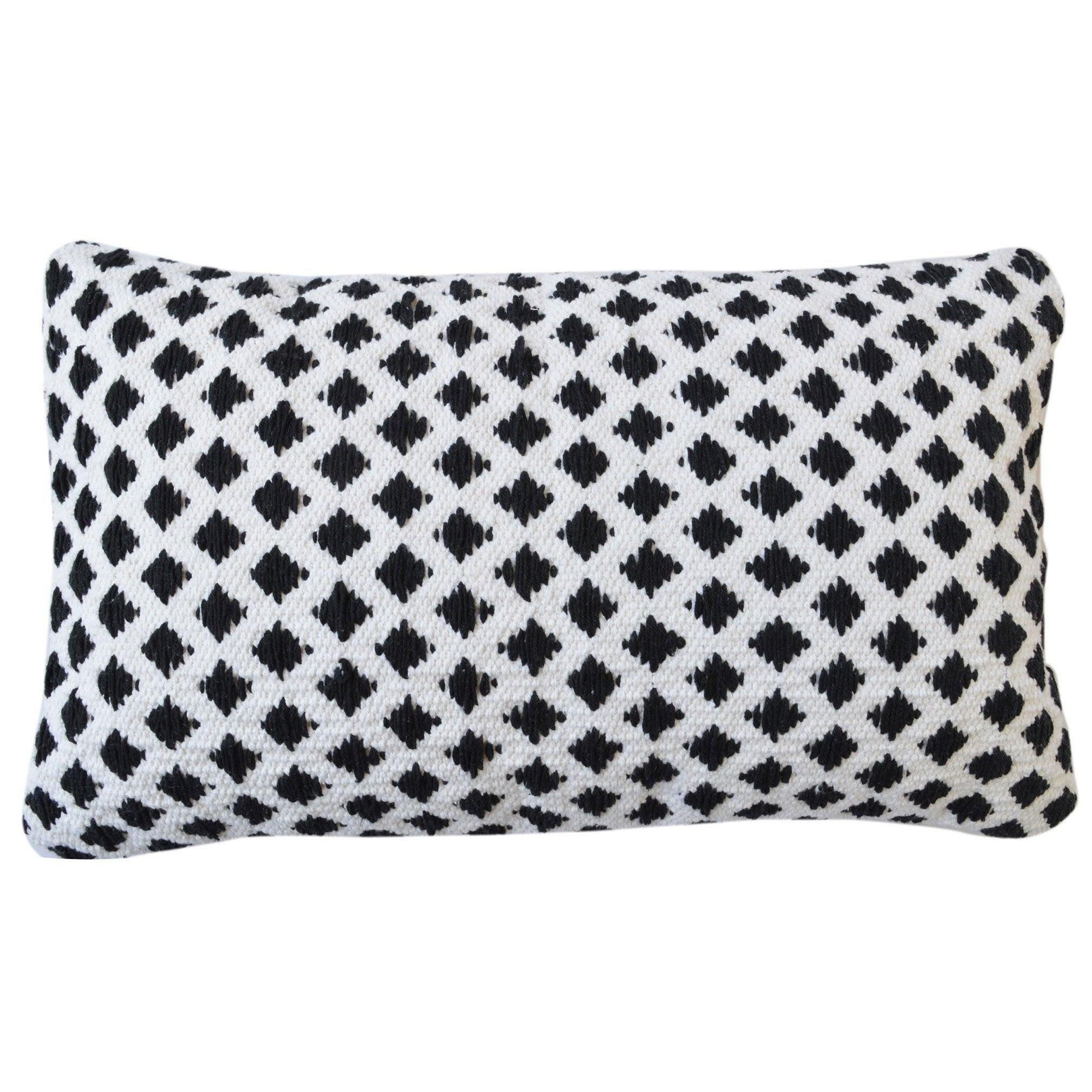 Coussin Doba INSPIRE, blanc/noir l.30 x H.50 cm