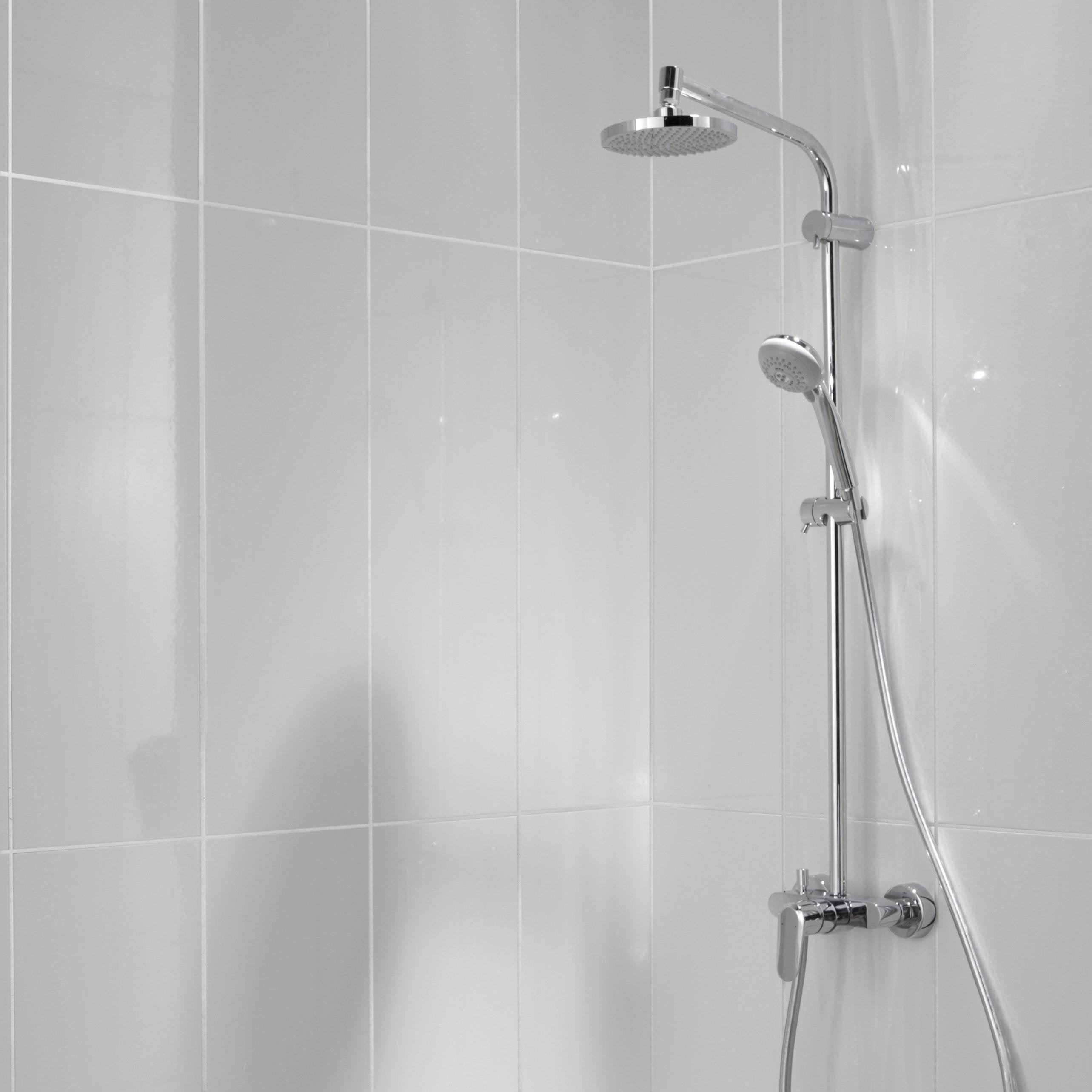Nettoyage Carrelage Avec Relief faïence mur uni blanc brillant l.25 x l.75 cm, relief wave