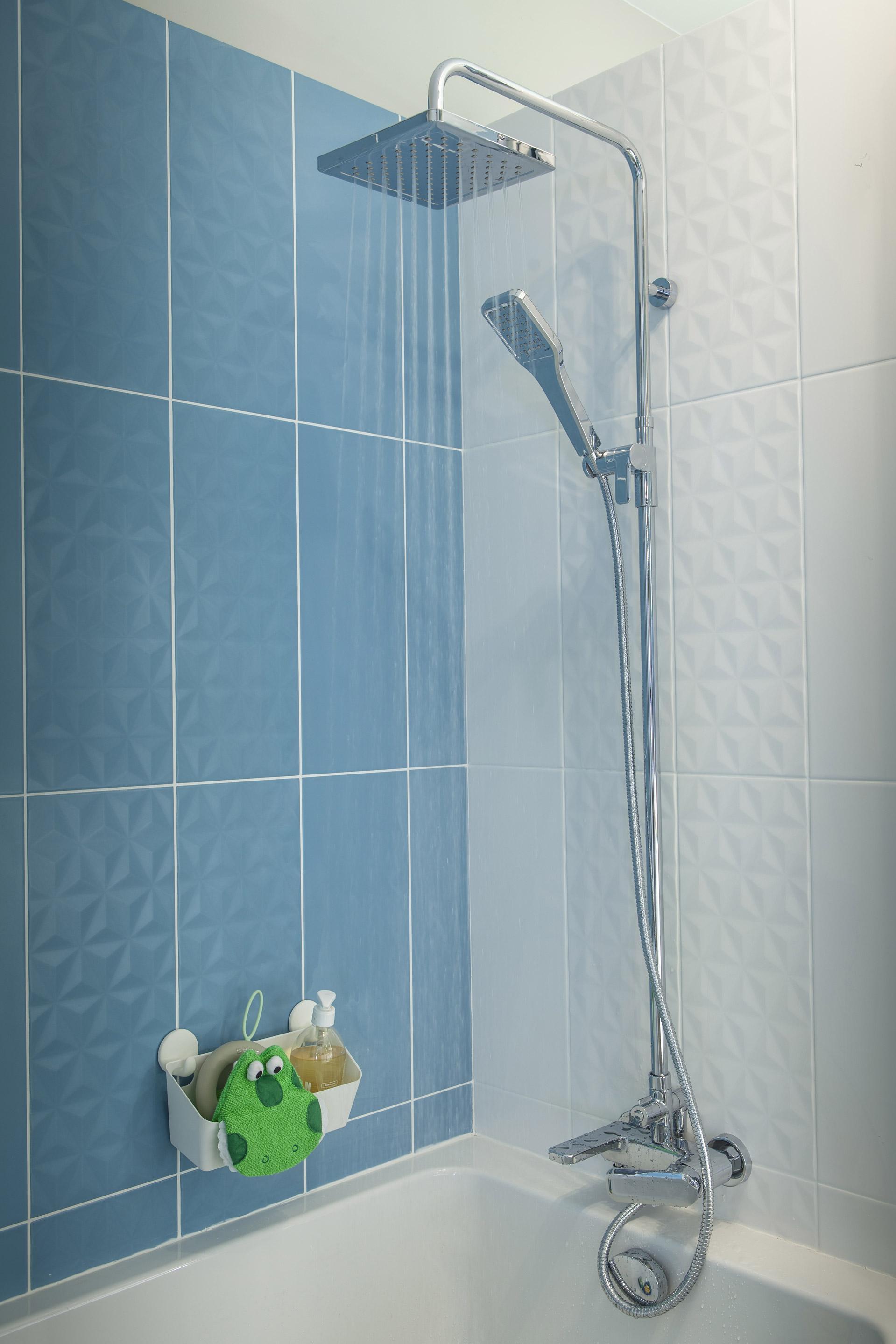 Décor mur bleu baltique n°3 mat l.20 x L.50.2 cm, Loft facette