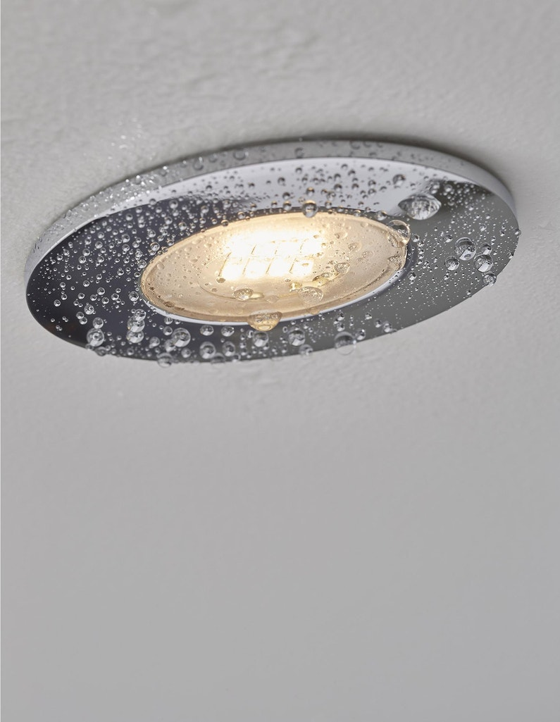 Quel Spot Dans Salle De Bain kit 3 spots à encastrer salle de bains kilia fixe inspire led intégrée  chrome