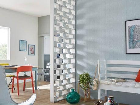 fabriquer une cloison en palettes avec rubans leds leroy merlin. Black Bedroom Furniture Sets. Home Design Ideas