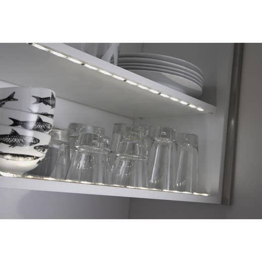 kit ruban led piles blanc chaud 3000k 85 lumens. Black Bedroom Furniture Sets. Home Design Ideas