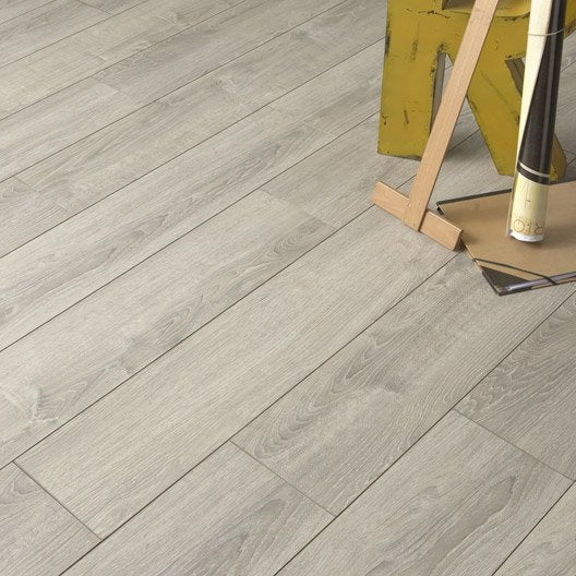 Sol stratifi strong elite d cor sardaigne for Parquet stratifie cuisine