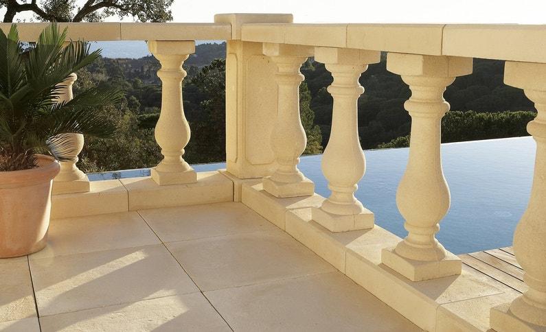 Une Balustre Pour Un Effet Baroque Sur Votre Terrasse Leroy Merlin