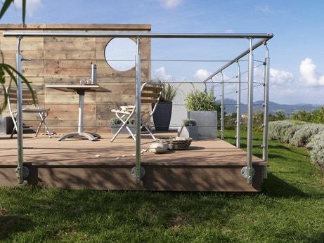 balustres et garde corps pour s curiser la terrasse leroy merlin. Black Bedroom Furniture Sets. Home Design Ideas