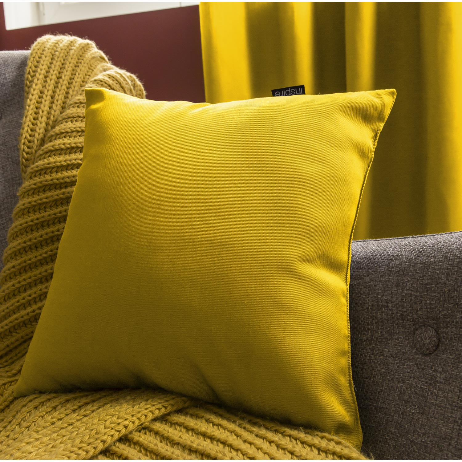 coussin 60x60 leroy merlin Coussin Roma INSPIRE, jaune anis n°4, l.35 x H.35 cm | Leroy Merlin coussin 60x60 leroy merlin