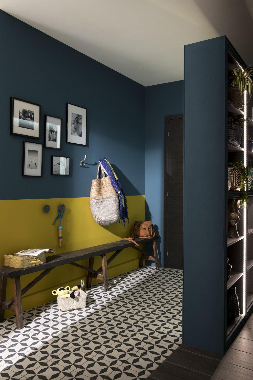une entr e remarqu e avec des couleurs pep 39 s leroy merlin. Black Bedroom Furniture Sets. Home Design Ideas