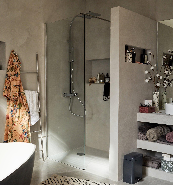 une douche l 39 italienne digne d 39 un hammam leroy merlin. Black Bedroom Furniture Sets. Home Design Ideas